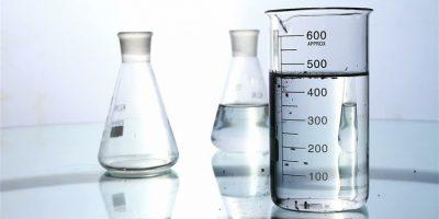 Zariadenia na výrobu demineralizovanej a destilovanej vody, destilovanej vody, destilačný prístroj na vodu, destilovaná voda, demi voda
